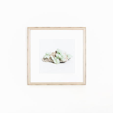 Geode art silver frame white wall